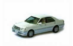 TOYOTA CROWN ROYAL SALOON G 2-Tones White