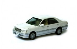 TOYOTA CROWN ATHLETE V 2-Tones White