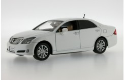 TOYOTA Crown Royal Saloon - 2008 - White