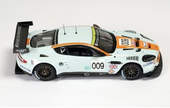Aston Martin DBR9 #007 (Gulf) Presentation Version 2008