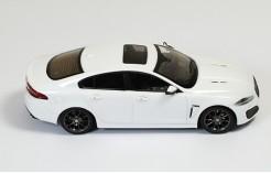 Jaguar XFR 2010 White (Dark Grey Wheels) - Black & Aluminium interior