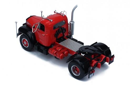 MACK B 61 1953 Red and Black