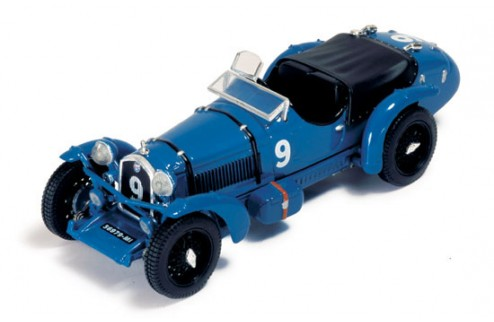 Alfa Romeo 8c P. Etancelin-L. Chinetti #9 Winner Le Mans 1934