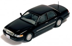 Ford Crowm Victoria 2000 Black