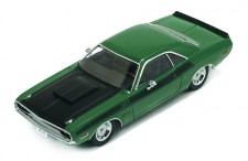 DODGE CHALLENGER t/a 1970 Green and Black