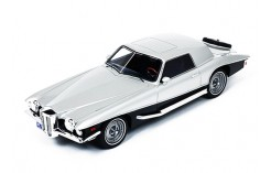 STUTZ BLACKHAWK Coupe 1971 2-Tones (1/18 Resin)