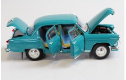 Gaz 21 R Volga (Scale: 1/18)- Blue (RAL5021) Green Interiors -1966