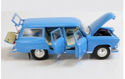 Gaz 22 V Volga - Light Blue (RAL5012) Interior on RAL5024 and RAL6021 - 1967