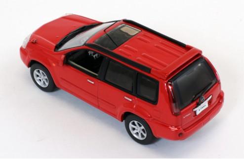 NISSAN X-TRAIL 4WD Red (LHD)