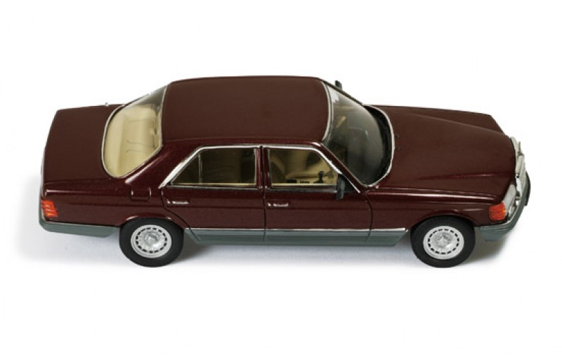 mercedes 500 se w126 1980 bordeaux grey. Black Bedroom Furniture Sets. Home Design Ideas