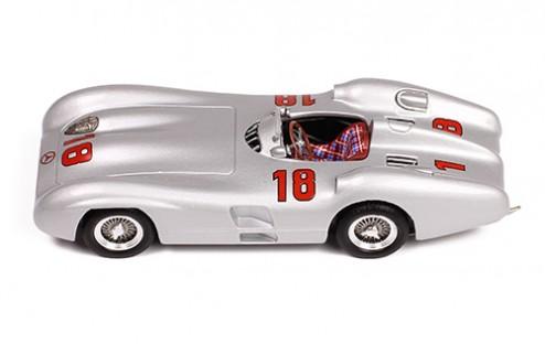 MERCEDES-BENZ W196 R Streamliner #18 - J.M.Fangio - Winner Monza 1955