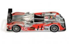 Audi R10 TDI #15 C. Bakkerud - C. Albers - O. Jarvis LMP1 Le Mans 2010
