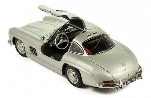MERCEDES-BENZ 300 SL 1954 Silver