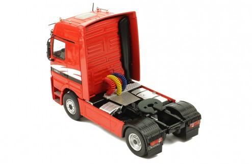 MERCEDES-BENZ Actros 1851 V8 1995 Red