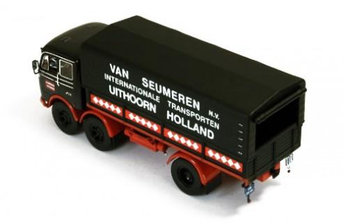 Mercedes LP333 (Van Seumeren Transport)