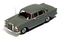 Mercedes 200D (W110) Heckflosse 1966 Dark Grey