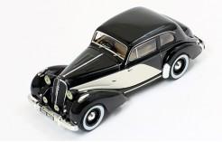 Hotchkiss 686 GS 1949 2-Tones Black & Cream