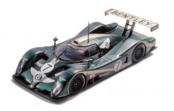 Bentley Exp Speed8 #7 M. Brundle - S. Ortelli - G. Smith Le Mans 2001