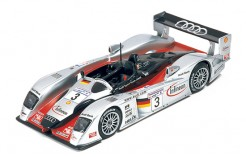 Audi R8 2002 M. Krumm-P. Peter-M. Werner #3 #Rd Le Mans 2002