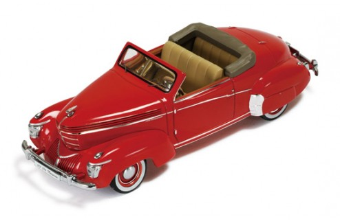 "Graham Paige Roadster ""Sharknose"" 1939 Dark Red"
