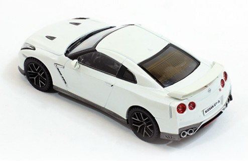 NISSAN GT-R 2017 Brilliant White