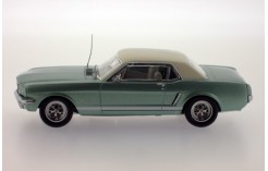 Ford Mustang - Metallic Green - 1965