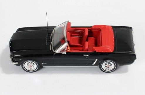 Ford Mustang Convertible - Black - 1965
